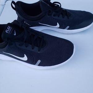 Women Nikes